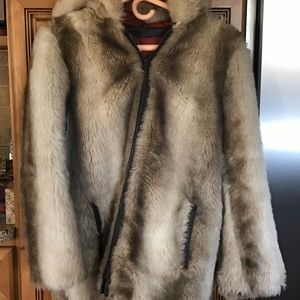 Trendy Hooded Women's Fur Coat